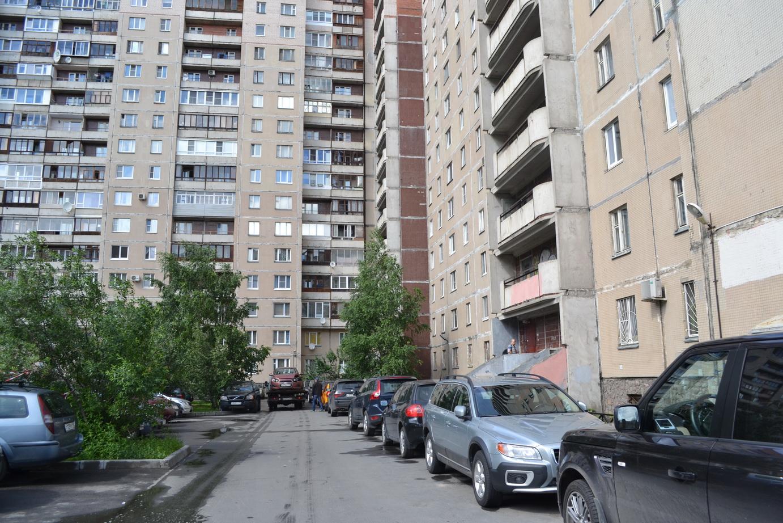 Продажа недвижимости в Петербурге 3ккв ул. Звездная 5