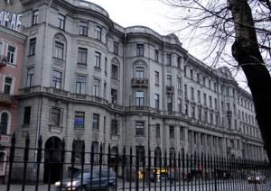 Элитные дома курдонерами в Петербурге