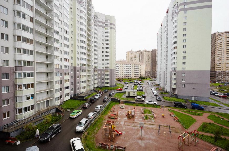 Продажа 3 комнатной квартиры ЛО, Бугры, Полевая ул., 16
